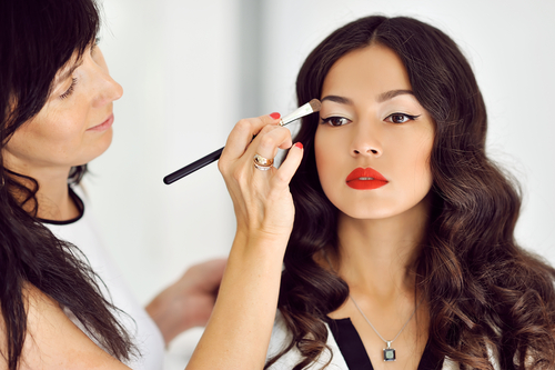 7 Events You Should Hire Professional Makeup Artists For