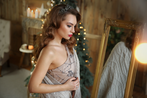 Holiday Party Hair and Makeup Ideas